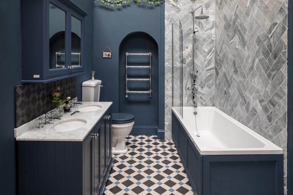 The Bathurst Bath and Panel in Stiffkey Blue