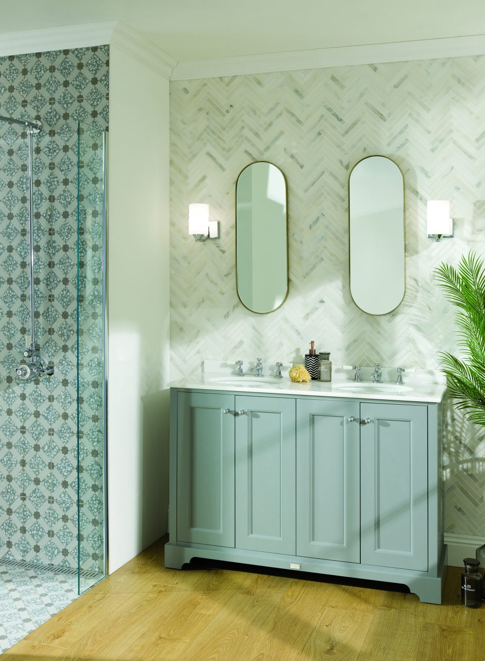 The Plummett Grey Double Furniture Unit and Bayswater Brassware